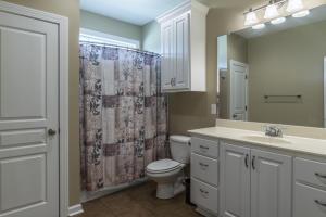 8 Bathroom 1