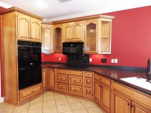 5 Kitchen