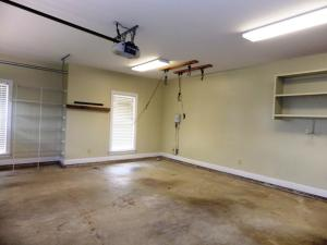 16 Garage
