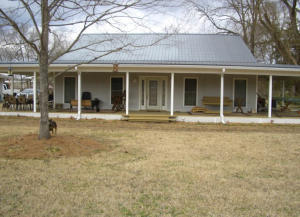 324 Old Tibbee Rd, West Point, MS 39773