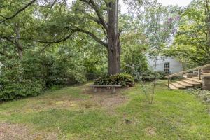 24 private garden