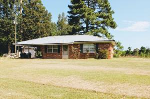 1965 Crystal Ridge Rd, Louisville, MS 39339