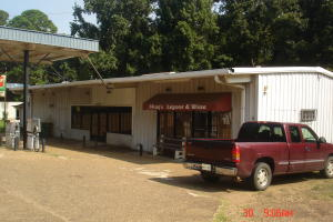 806 Church Avenue, Louisville, MS 39339