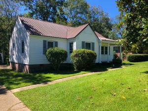 1242 Broad Street, West Point, MS 39773