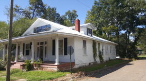 1525 3rd Ave, Columbus, MS 39701