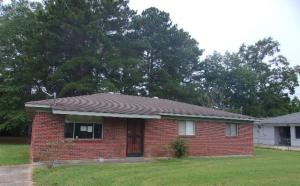 108 Isabell Ave, Louisville, MS 39339