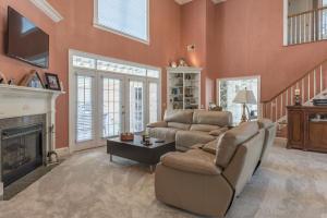 8-living room a
