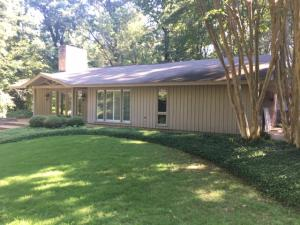 1812 Seminole Rd, Columbus, MS 39705