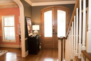6 Foyer View