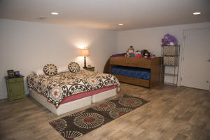 69 Poolhouse Bedroom