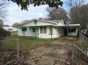 99 Luxapalila Dr, Columbus, MS 39701