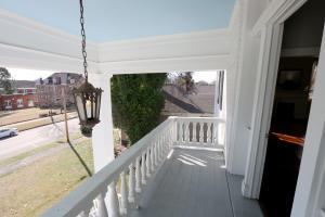 3rd floor balcony