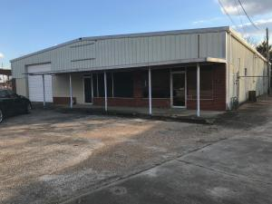 613 E Commerce St, Aberdeen, MS 39730