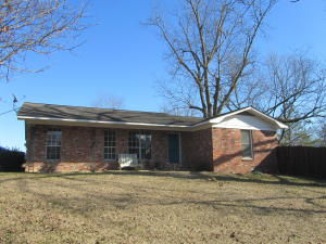 306 E Church Street, Ackerman, MS 39735
