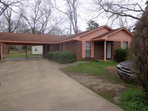 504 Garrard Rd, Starkville, MS 39759