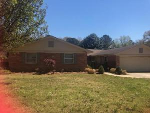 223 Meadow Dr, Columbus, MS 39702