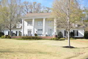 3633 Waverly Road, West Point, MS 39773