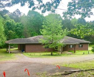 1078 Old Yorkville Rd S, Columbus, MS 39702