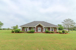 2535 Wright Rd, Steens, MS 39766