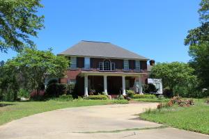 5155 Bond Road, Louisville, MS 39339