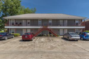 1257 Louisville St. #65-72, Starkville, MS 39759