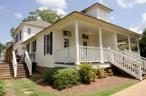 300 River Road, Unit 54, Starkville, MS 39759