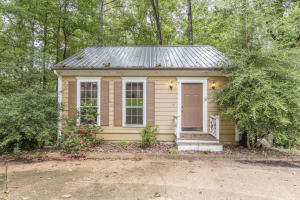 32 Shelley Rd, Columbus, MS 39705