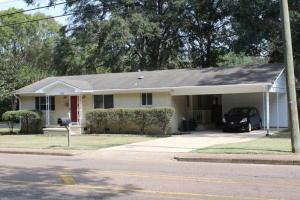 704 N Montgomery Street, Starkville, MS 39759