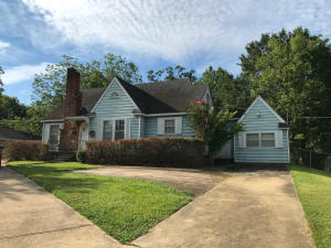 576 E Westbrook St, West Point, MS 39773