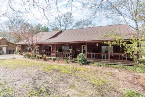 343 Lake Valley Drive, Starkville, MS 39759
