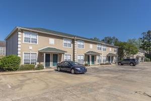 110 Starr Ave, Unit 75, Starkville, MS 39772
