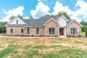 142 Five Oaks Lane, Starkville, MS 39759