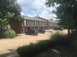 1255 Louisville St, Starkville, MS 39759