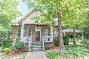 106 E Indian Ridge, Starkville, MS 39759