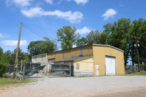 150 Old White Rd., West Point, MS 39773