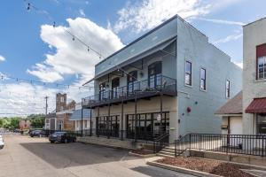 106-2 S Lafayette Street, Starkville, MS 39759