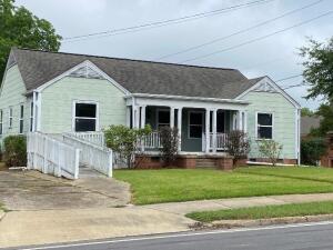 600 Louisville St, Starkville, MS 39759