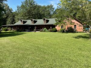 327 County Line Rd, Maben, MS 39750