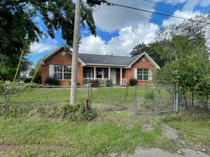 1203 12th Ave S, Columbus, MS 39701