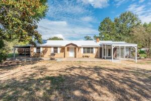 400 Waddell Rd, Cedar Bluff, MS 39741