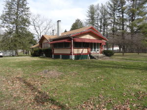 1717 RIVERVIEW AVENUE, ALDERSON, WV 24910