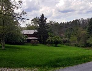 CURRY RD, DUNMORE, WV 24934