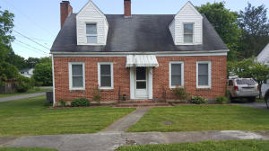 759 W MAPLE AVE, ALDERSON, WV 24910