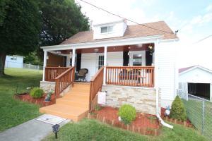 496 ANDERSON ST, LEWISBURG, WV 24901