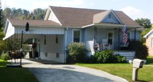 286 West Maple Ave. Alderson, WV 24910