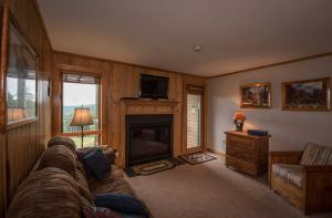 81 Powderidge, Snowshoe, Wv 26209