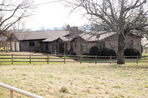 1140 County Rd 603, Green Forest, AR 72638