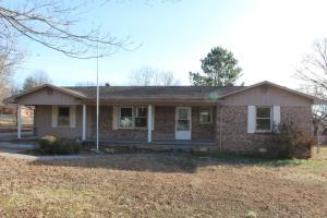 1217 College, Berryville, AR 72616