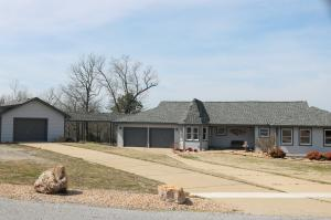 549 Lake Heights Drive, Mountain Home, AR 72653