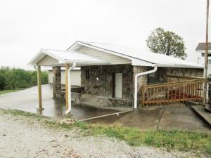 104 Mt Hersey Road, Western Grove, AR 72685